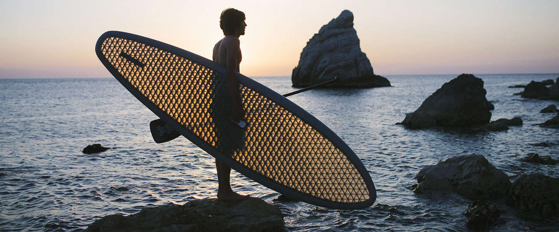 3CSUP: een ultralicht en doorzichtig paddleboard voor eco-surfers