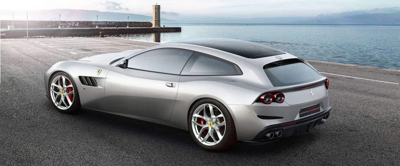 Onthulling van de Ferrari GTC4Lusso T