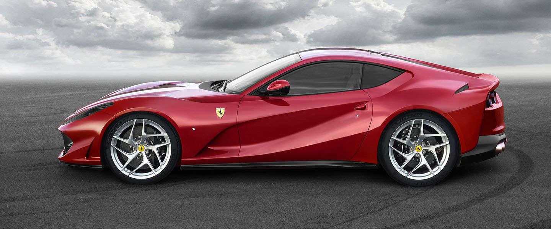 Krachtigste en snelste Ferrari ooit: de 812 Superfast!