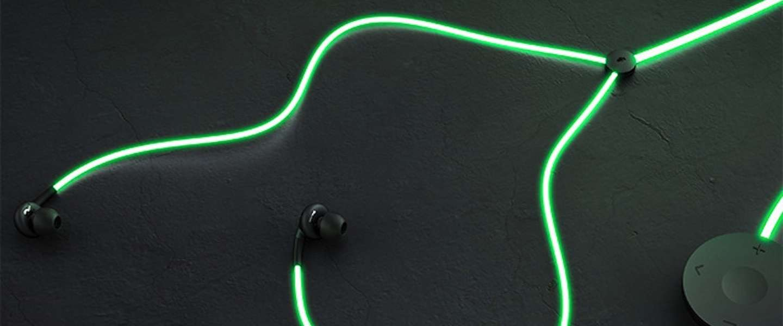 Glow: Oortjes met laser light geven licht op de beat van de muziek!