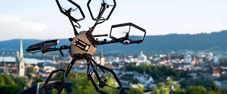 Voliro Hexacopter Drone maakt het niet uit wat boven of onder is