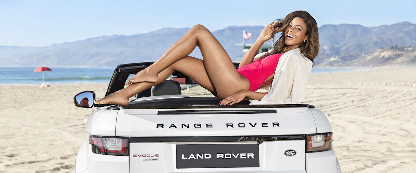 Babes and cars: Naomie Harris schittert bij Range Rover Evoque Convertible