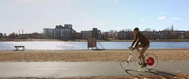 Slim fietswiel maakt snorfiets mooi