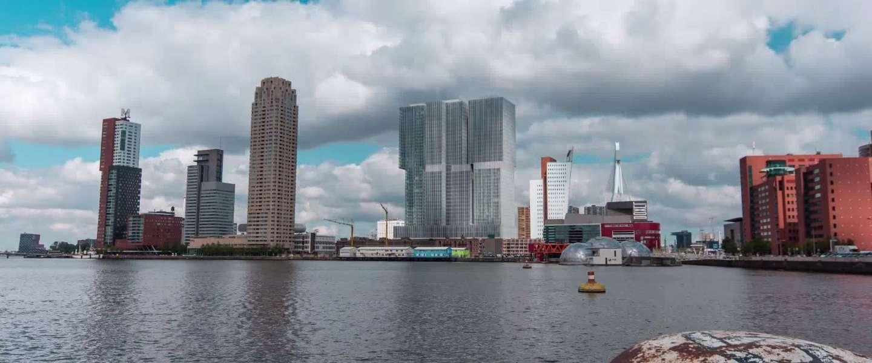 Prachtige timelapse video van Rotterdam