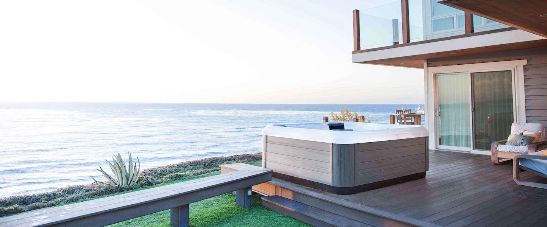 Lekker badderen in de luxe whirlpools van Villeroy & Boch