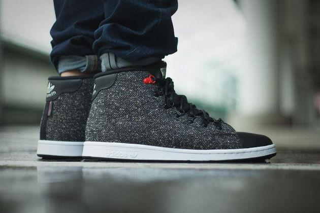adidas-originals-stand-smith-winter-mid-black-1