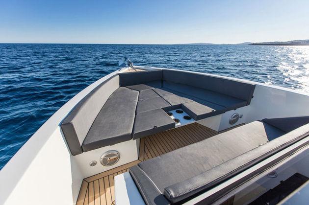 antonio yachts-3