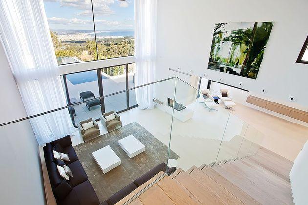 awesome-designer-villa-in-son-vida-15