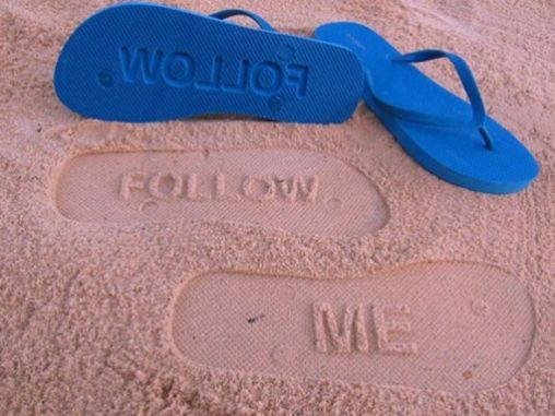 awesome_flip_flop_footprints_640_01-560x4203