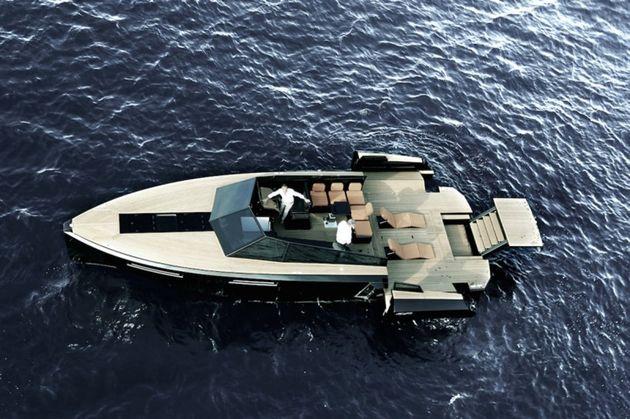 blue-martin-jacht