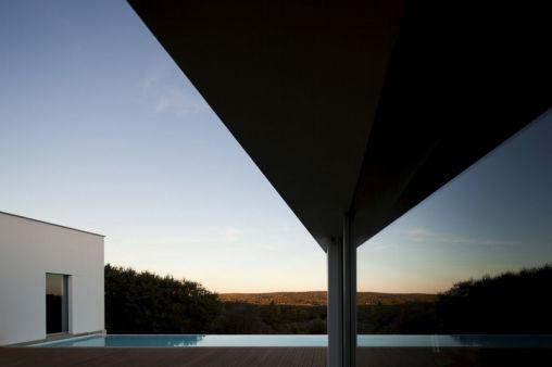 Candeias-House-14-800x533