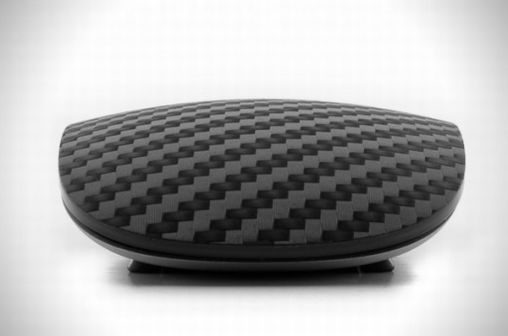 Carbon-Fiber-Magic-Mouse-2
