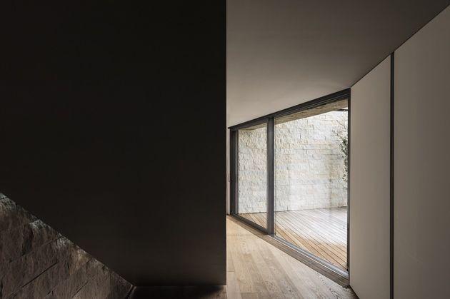 casa-di-chiari-e-stefano-natural-light-home-4