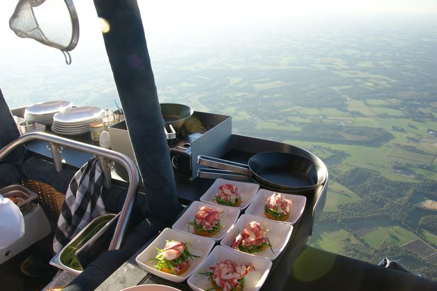 CuliAir-dineren-luchtballon-open-keuken