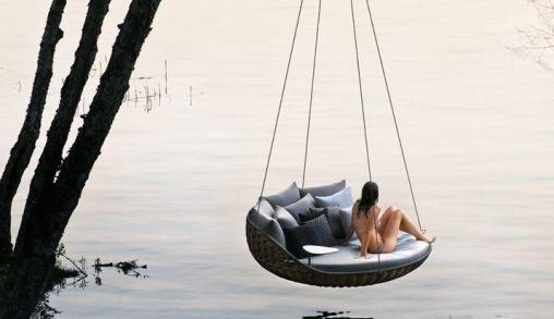 Dedon Swingrest de ultieme loungebank voor in je tuin