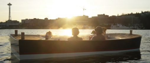 Genieten met de Hot Tub Boat