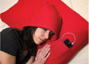 Goodnight gadgets: Hoodie Pillow