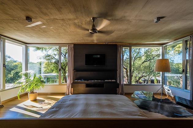 grupo-urban-casa-del-bosque-forest-house-cordoba-argentina-designboom-09