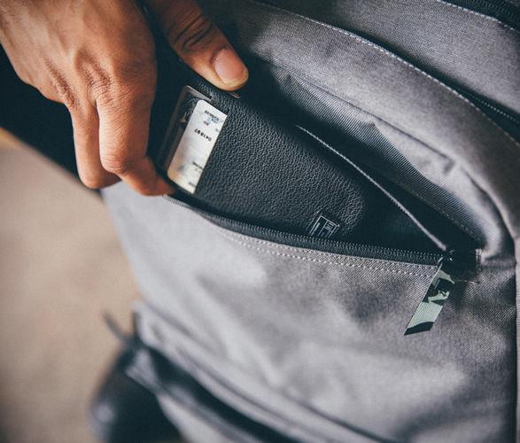 hex-sneaker-backpack-6
