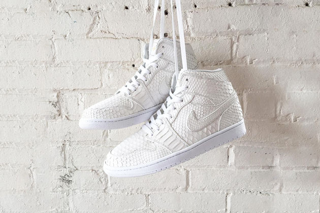 jbf-customs-creates-the-all-white-python-air-jordan-1s-of-your-dreams-1