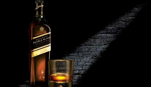 Johnnie Walker Double Black staat voor zwart, elegant en exclusief