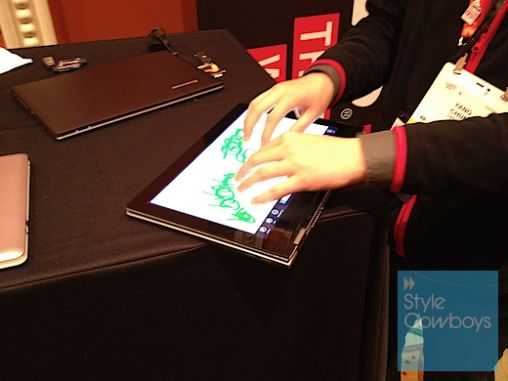 Lenovo Touch Ultrabook CES2012 082