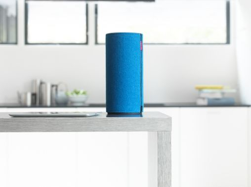 Libratone_Zipp_Icy_Blue_07_HighRes