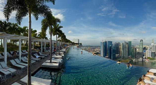 marina-bay-sands-pool