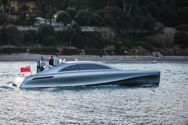 mercedes-benz-yacht-10-960x640