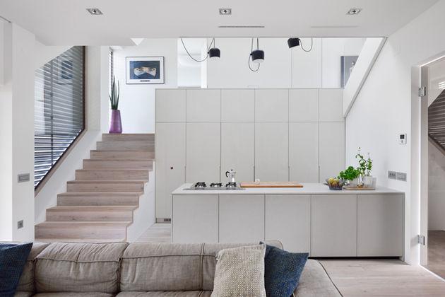 mezzanine house-8