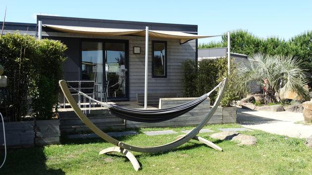 Mobile home met hangmat bij Sunêlia Domaine de la Dragonnière