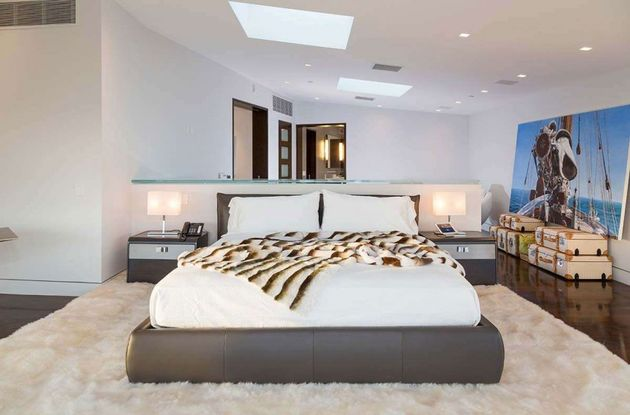 Moderne-Mansion-Hollywood-9