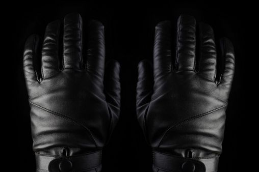 mujjo-leather-touchscreen-gloves-1