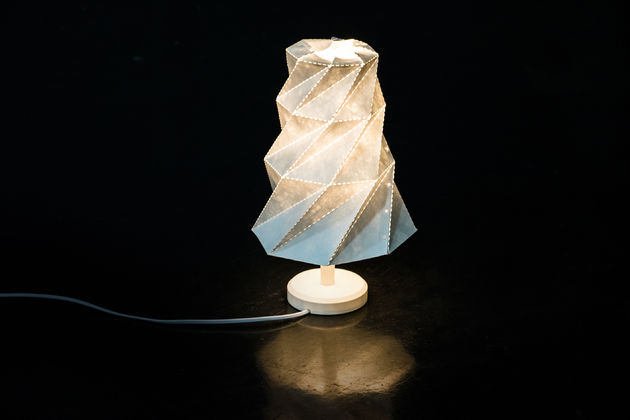 origami-lamp-staand