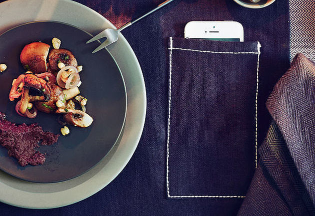 placemat-smartphone-ikea