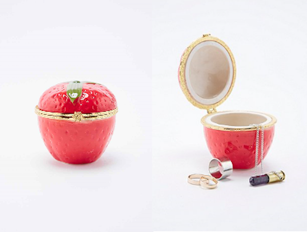 plumb en bow strawberry jewerly box urban outfitters