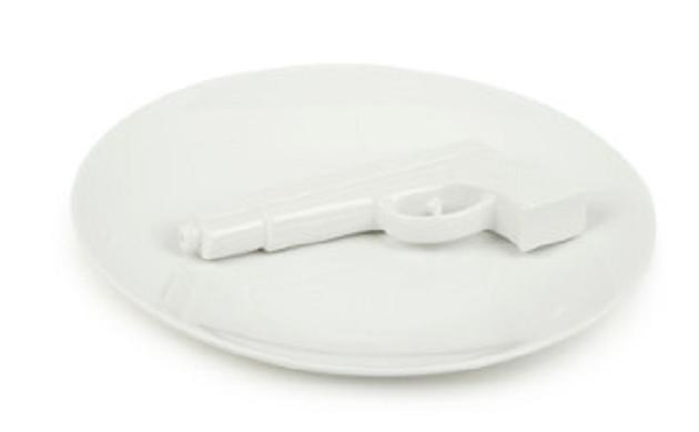 Pols Potten Plate with Gun schaal
