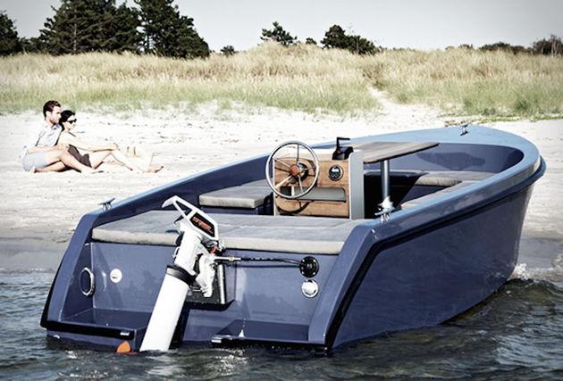 rand-picnic-boat-8