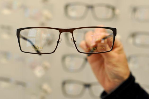 rond-gezicht-vierkante-bril