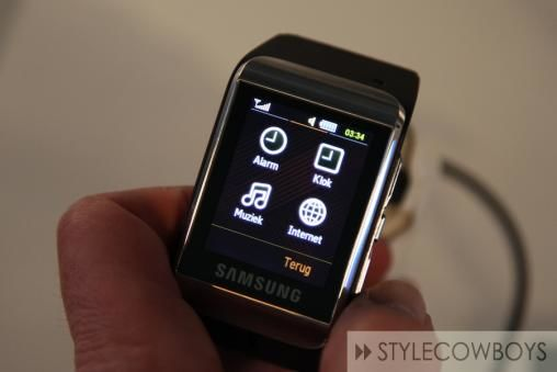 Samsung S9110 Watch Phone 2