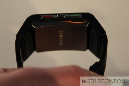 Samsung S9110 Watch Phone 4