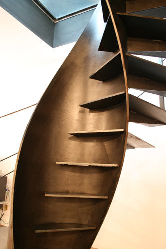 sandrini-scale-metal-spiral-staircase-design-3
