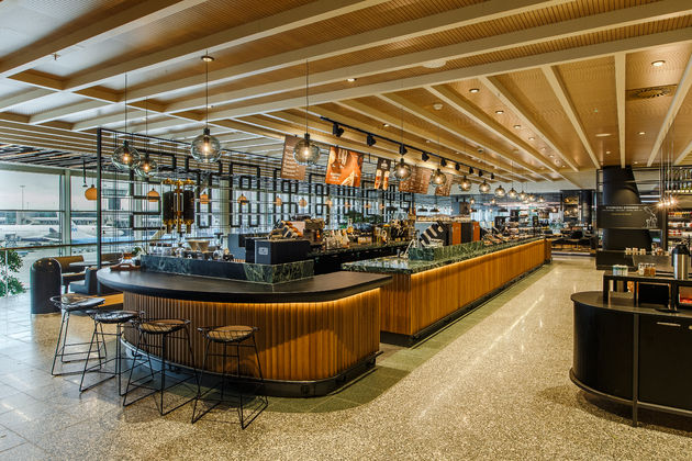 Starbucks Pavilion Store at Schiphol Opens Today_25042016