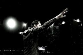 Tiësto lanceert LG Mini Groots op Koninginnedag