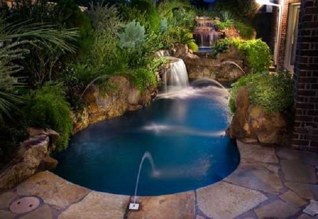 Zwembad achtertuin