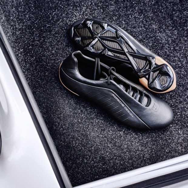 Luxe voetbalschoenen van adidas en Porsche Design