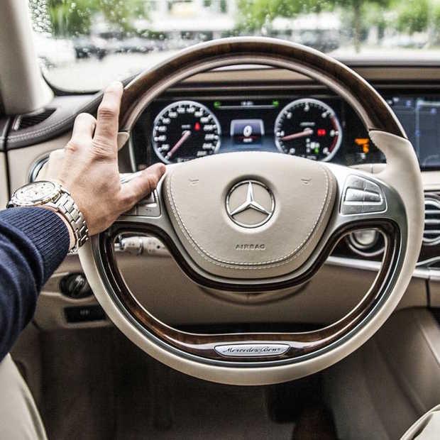 De 50 meest beroemde auto's van de afgelopen 50 jaar