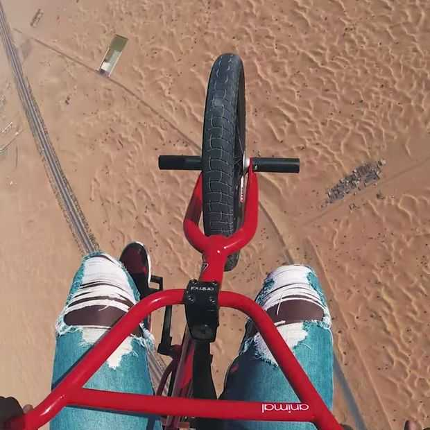 Video: Nigel Sylvester's BMX- en andere waanzin in Dubai