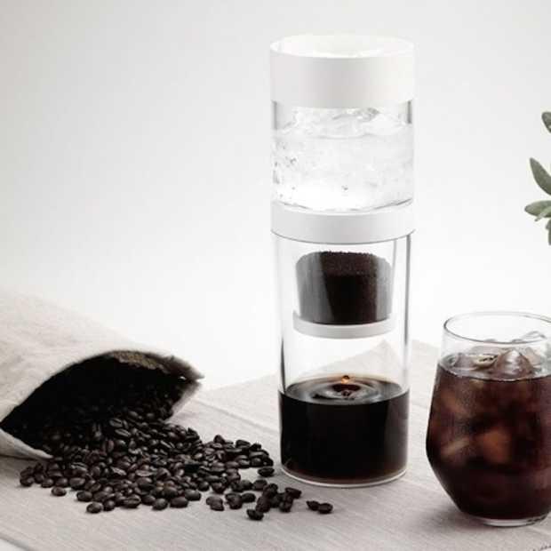 Met Dripo maak je eenvoudig ijskoffie voor onderweg