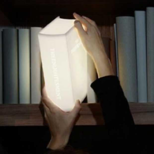 Enlightenment, de perfecte boekenkastlamp